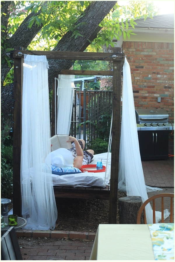 how to build an outdoor swinging bed step by step