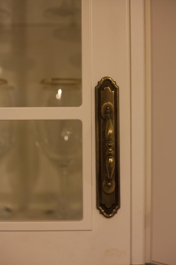 Cabinet Pulls 11