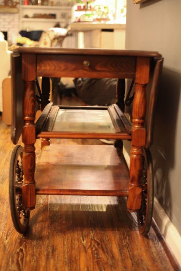 antique tea cart (3 of 8)