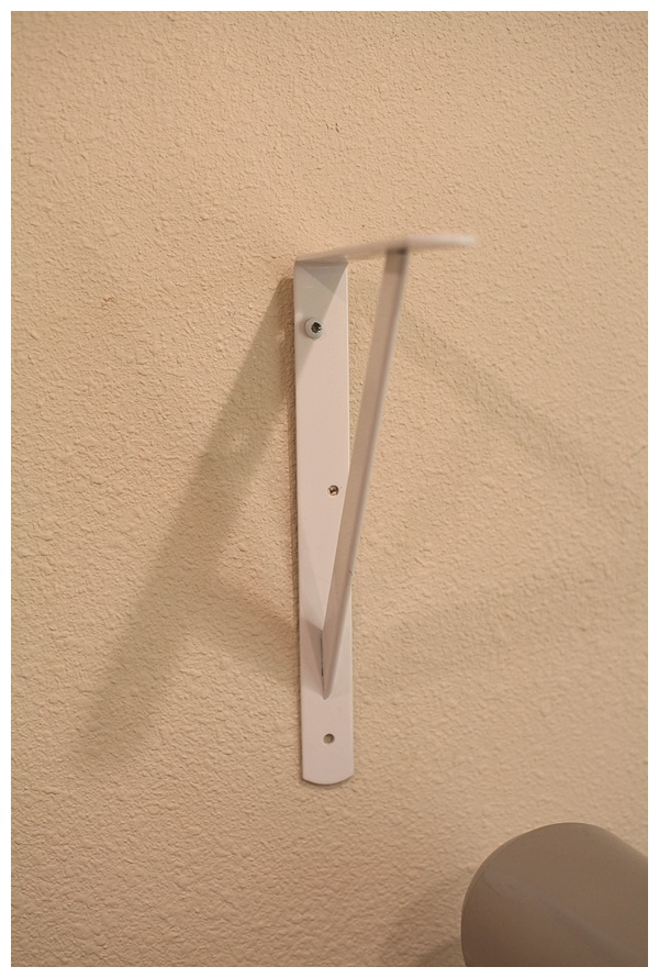 how to hang open shelving_0007