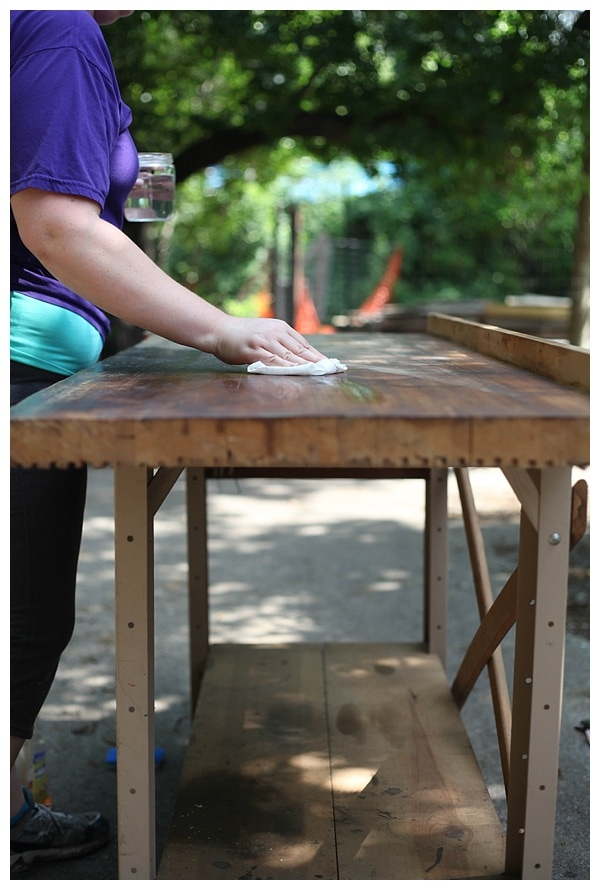 how to sand wood furniture_0003