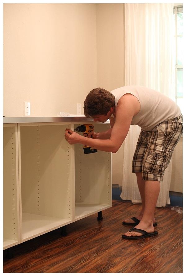 installing ikea akurum cabinets_0009