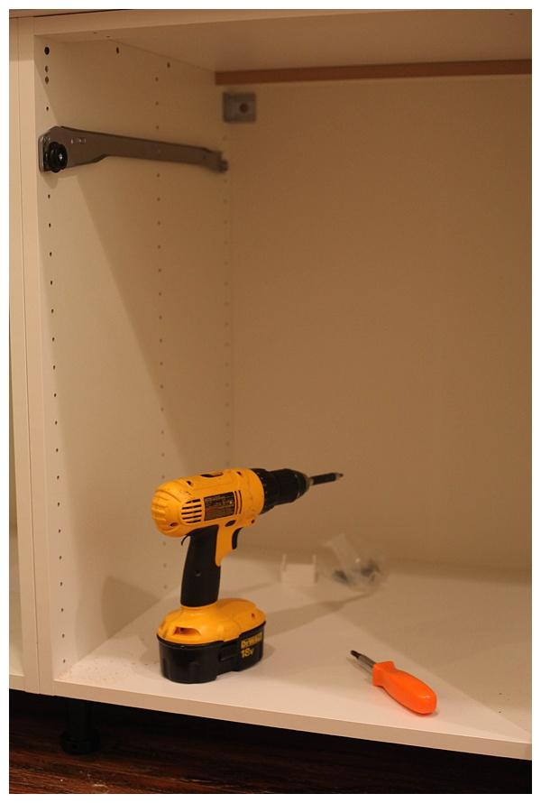 installing ikea akurum cabinets_0016