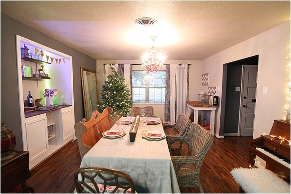 Christmas decorating ideas and home tour from www.runtoradiance.com_0009