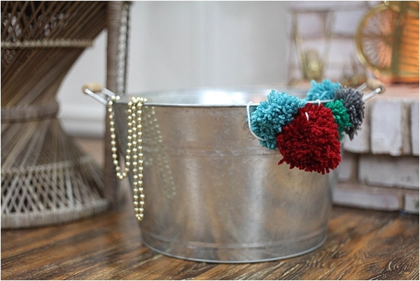 Christmas decorating ideas and home tour from www.runtoradiance.com_0026