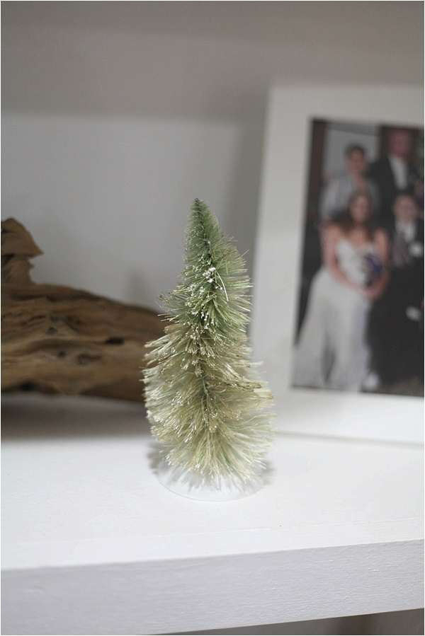 Christmas decorating ideas and home tour from www.runtoradiance.com_0029