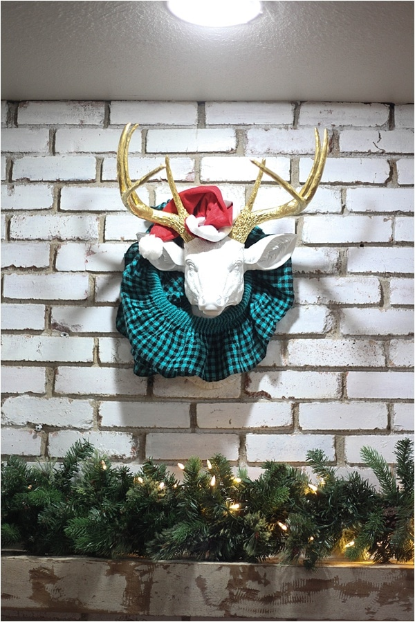Christmas decorating ideas and home tour from www.runtoradiance.com_0030