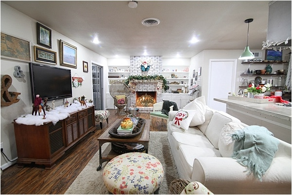 Christmas decorating ideas and home tour from www.runtoradiance.com_0033