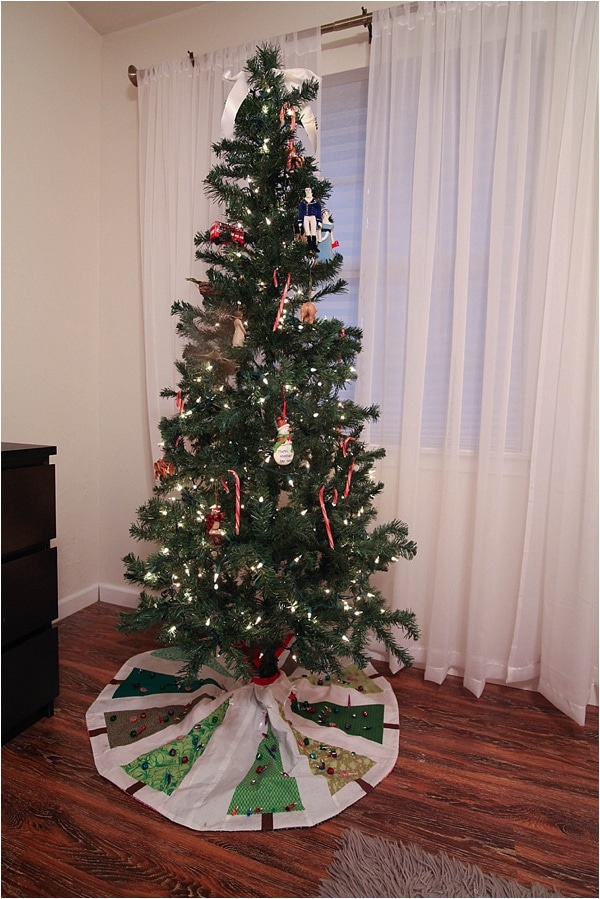 Christmas decorating ideas and home tour from www.runtoradiance.com_0047