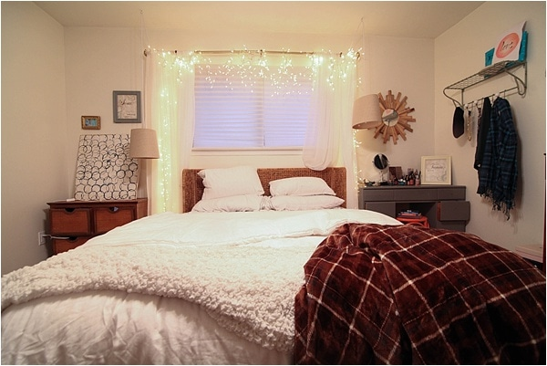 Christmas decorating ideas and home tour from www.runtoradiance.com_0053