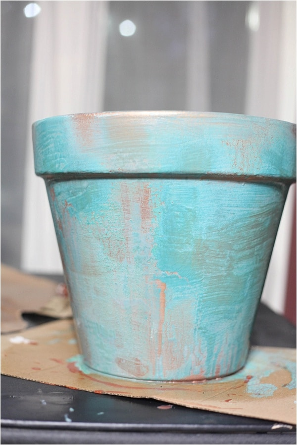 create distressed finish with modern masters metallic effects paint! check it out at www.runtoradiance.com_0019