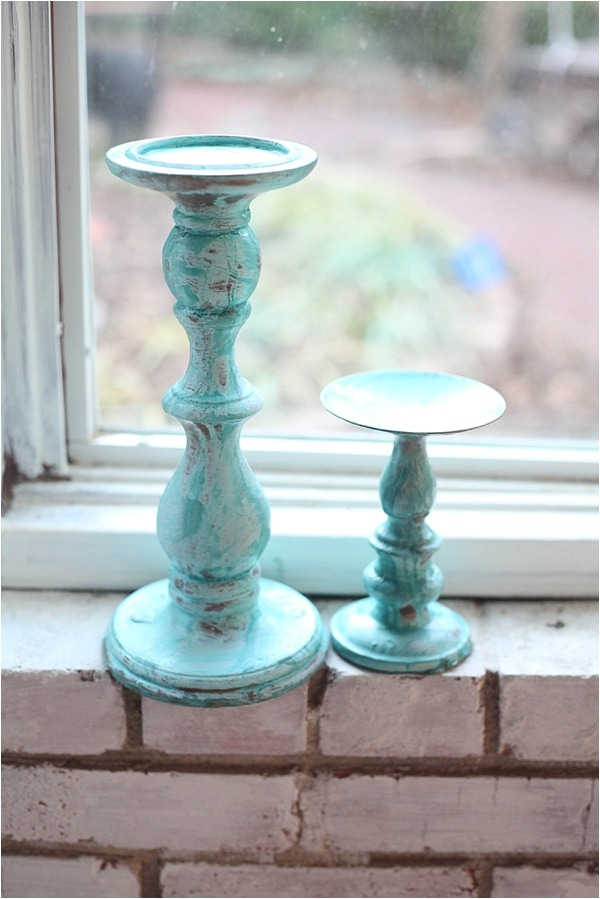 create distressed finish with modern masters metallic effects paint! check it out at www.runtoradiance.com_0026