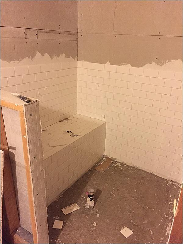 picking shower tile_0001