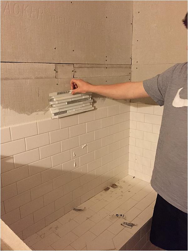 picking shower tile_0002