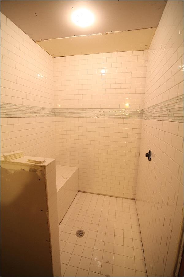 picking shower tile_0011