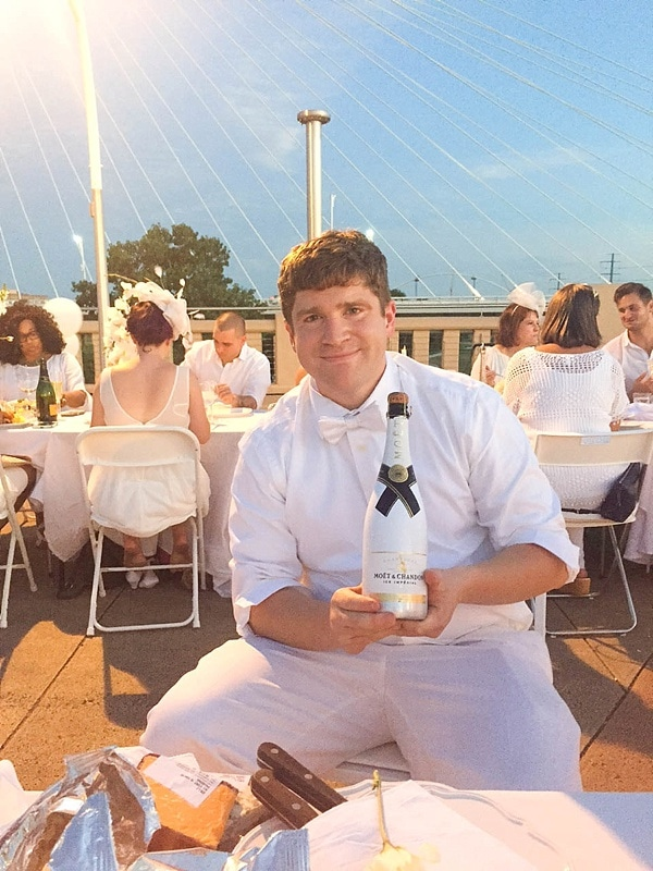 Diner en Blanc Dallas was a huge success! Check out these gorgeous photos. What a beautiful event._0012