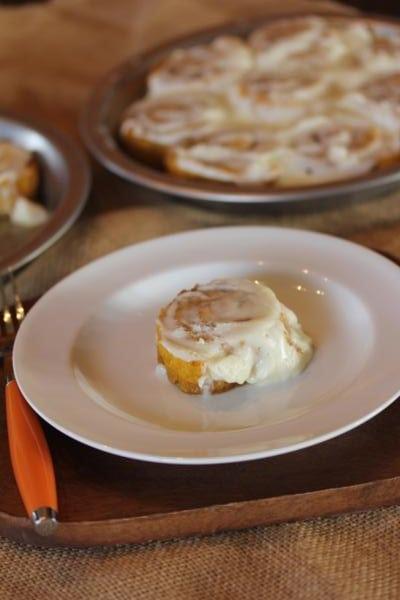 Gluten-Free-Pumpkin-Cinnamon-Rolls-3