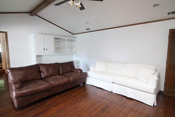 brown couch and white couch_0001