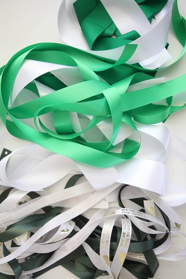 how to make a homecoming mum_0011