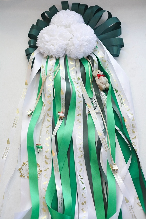 how to make a homecoming mum_0024