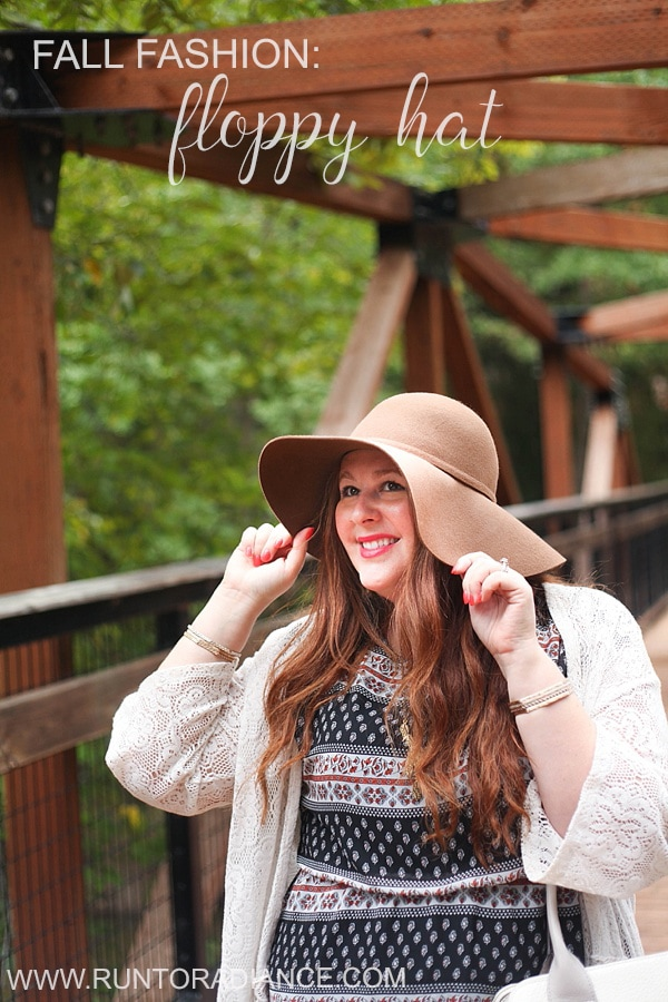 A floppy hat is my new go-to accessory for fall fashion!