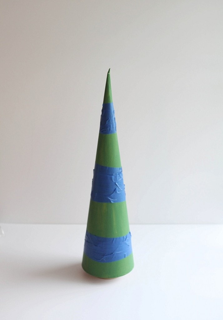 DIY Cone trees three easy ways. Perfect for Christmas!_0017