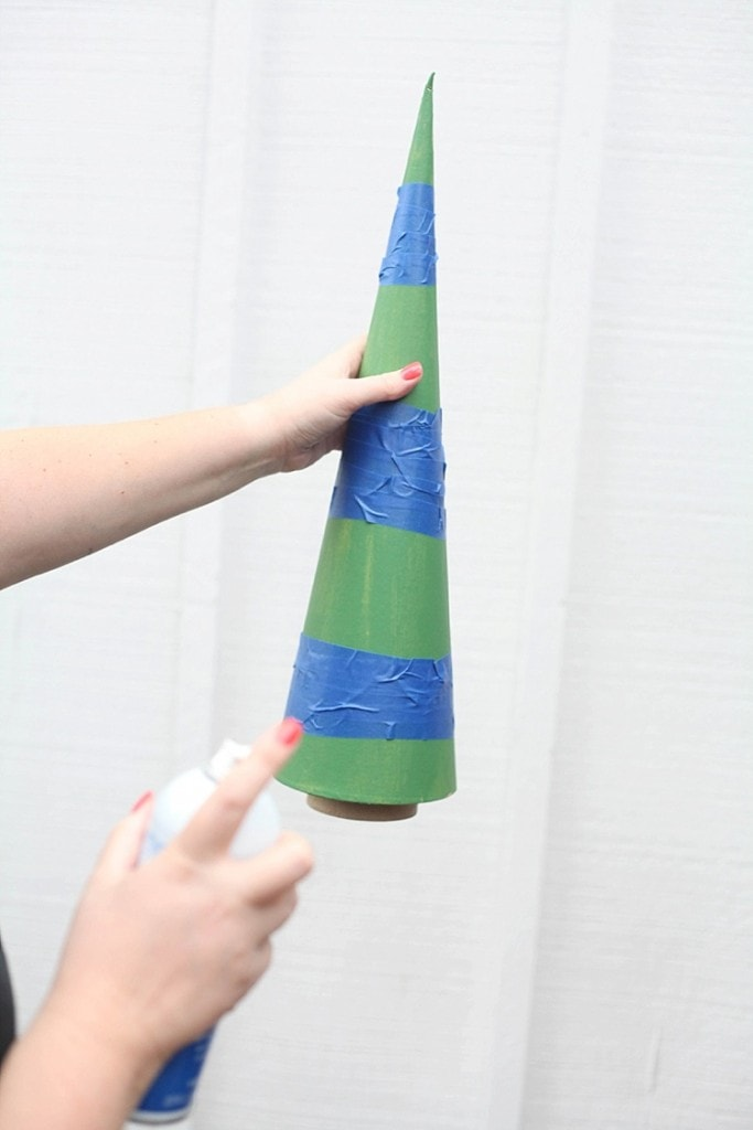 DIY Cone trees three easy ways. Perfect for Christmas!_0019
