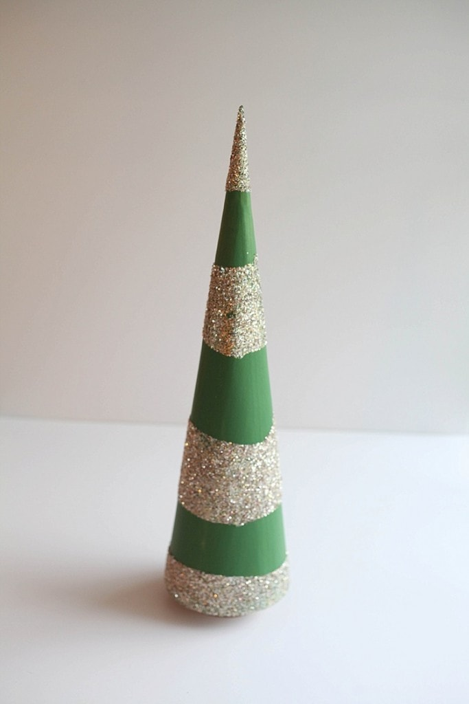 DIY Cone trees three easy ways. Perfect for Christmas!_0030