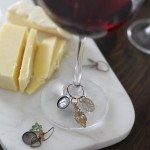 Have you ever thought of making your own wine charms? They are great for parties both for guests to use and enjoy and to take home with them at the end of the night. These are so cute!