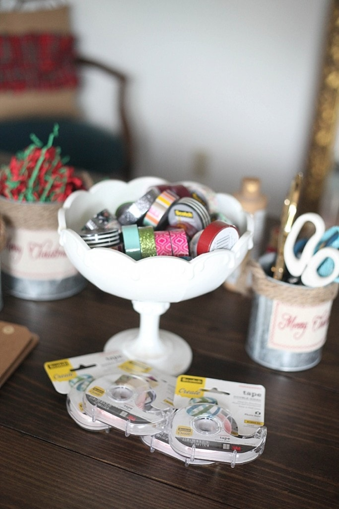how to throw an awesome gift wrapping party and make custom gift wrapping using washi tape! Seriously so many fun and cute ideas here!_0010