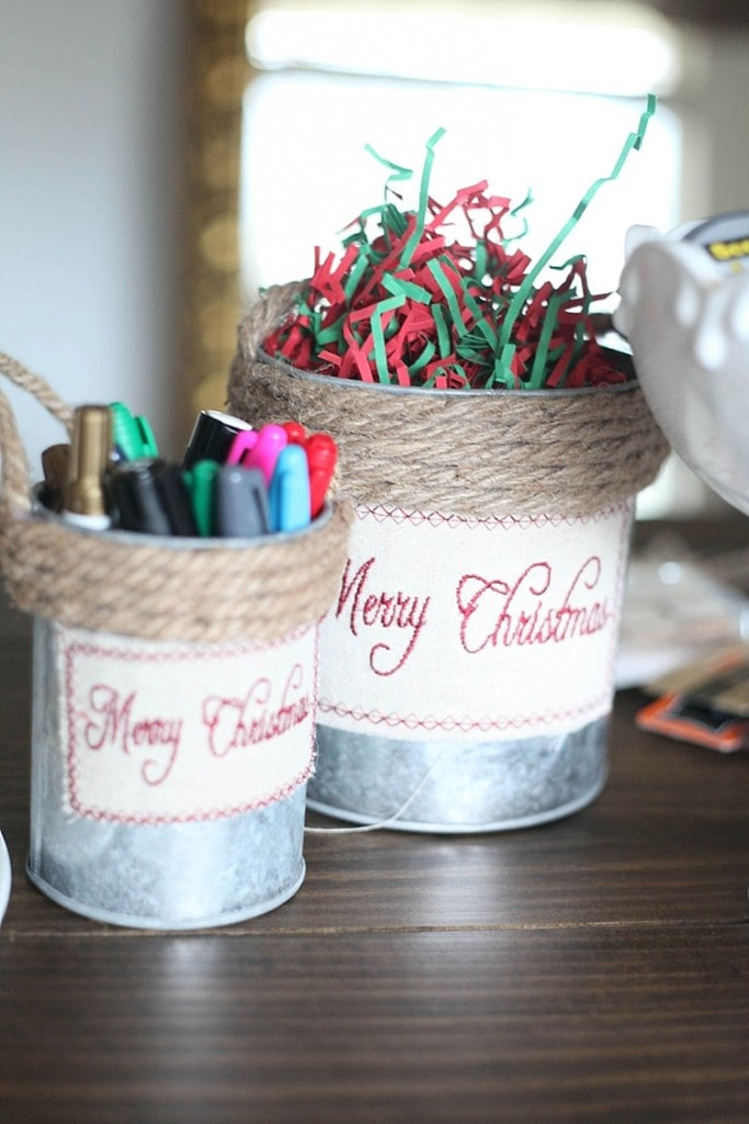 how to throw an awesome gift wrapping party and make custom gift wrapping using washi tape! Seriously so many fun and cute ideas here!_0015