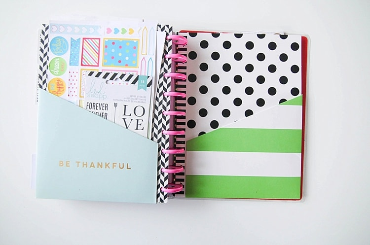 I've never been so excited for a planner! Love this 2016 planner- it's totally customizeable and has tons of features you can add like a wedding planner, meal planner, fitness planner and more!