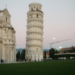 Pisa at sunset / leaning tower of pisa / tuscany italy