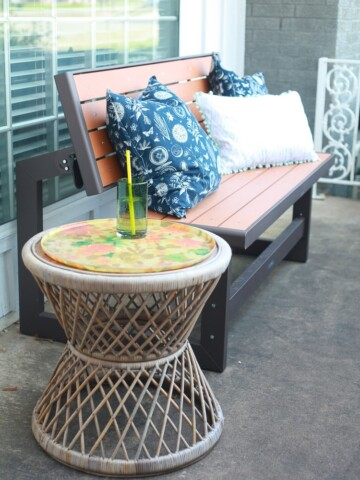 Easy tips on how to add curb appeal to your home from a diy blogger + her realtor husband. www.runtoradiance.com