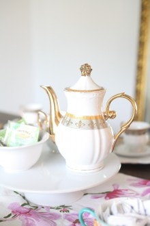 How to Host a Mother's Day Tea