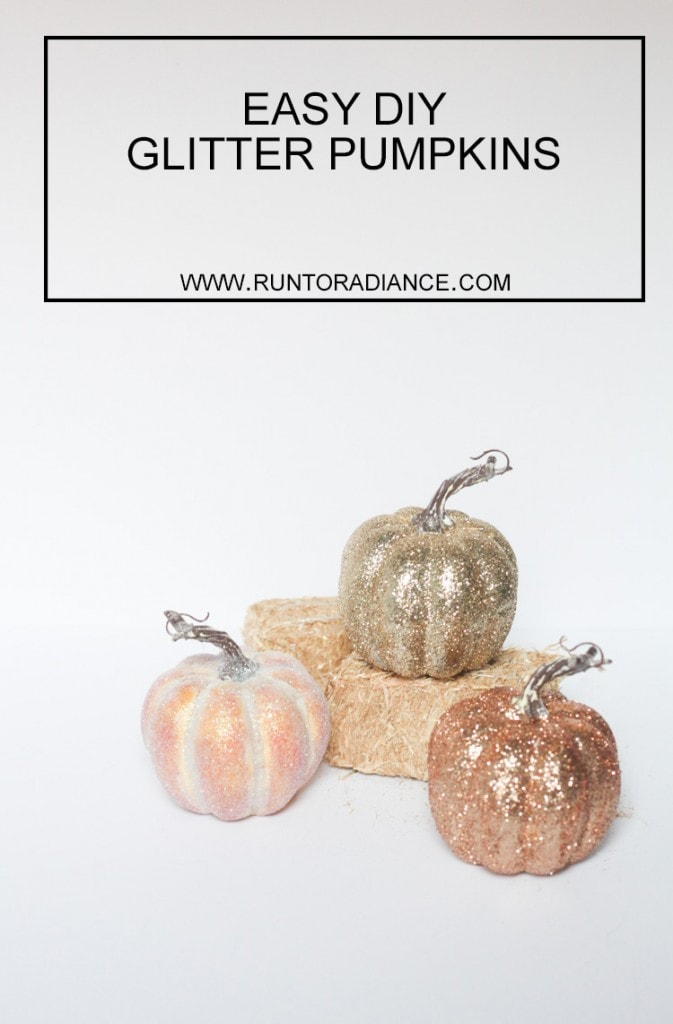 LOVE these diy glitter pumpkins! These are so cute and seriously the easiest craft I've made in a long time. So excited for fall!