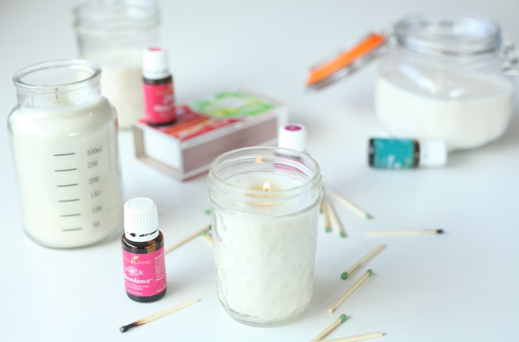 These diy candles are so easy to make! They are homemade are with soy and scented with essential oils then poured into mason jars. This quick and easy diy project takes about 20 minutes from start to finish…even I can make diy candles!