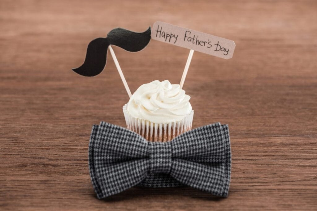 Happy Father's Day Cupcake toppers with a bow tie