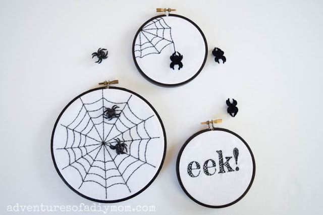 Spider embroidery for DIY Halloween decoration ideas.